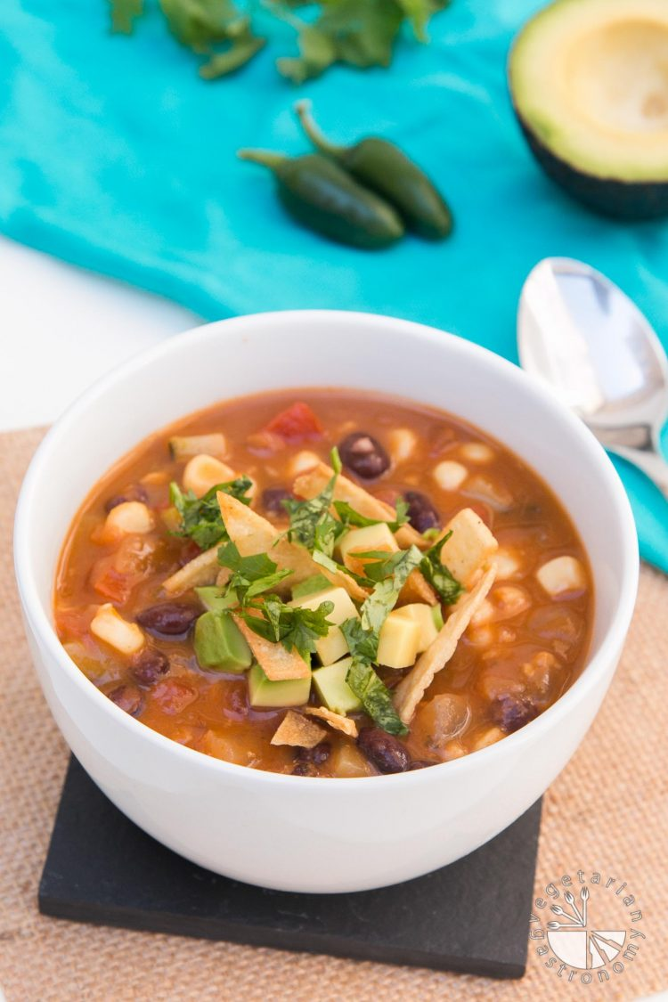 Vegan Tortilla Soup #vegan #glutenfree | www.VegetarianGastronomy.com