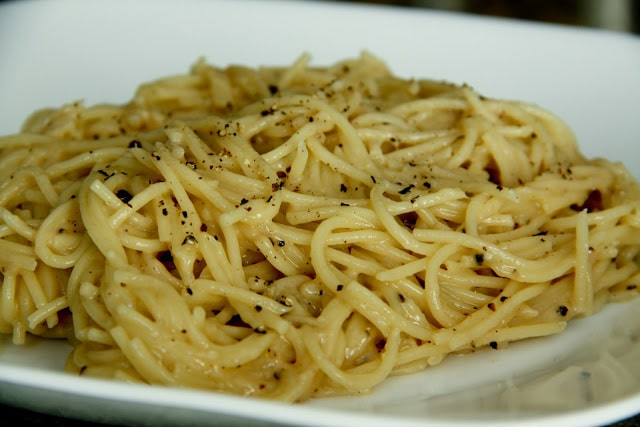 Cacio e Pepe (gluten-free option, contains dairy) - Vegetarian ...