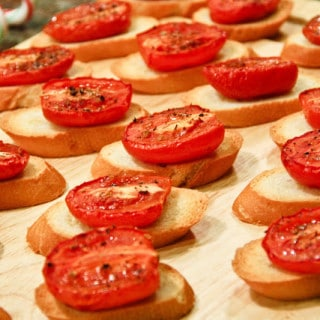 Crostini w/Thyme Roasted Tomatoes (vegan, gluten-free option)