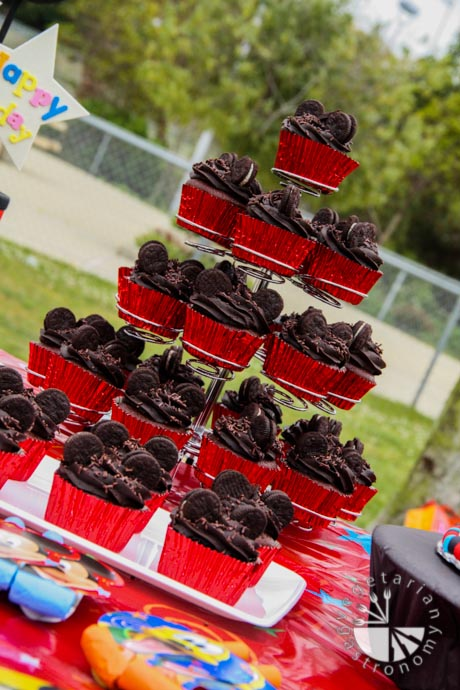 Mickey Mouse Table Set Up u0026 Mickey Mouse Clubhouse Birthday Party & Extraordinary Mickey Mouse Party Table Setup Images - Best Image ...