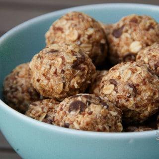 Oatmeal No-Bake Bites (vegan, gluten-free)
