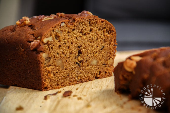 pumpkin walnut bread-8