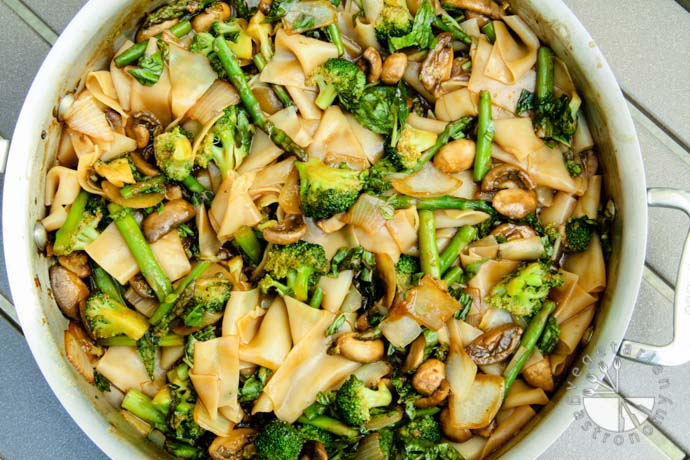 rice noodles broccoli asparagus-7