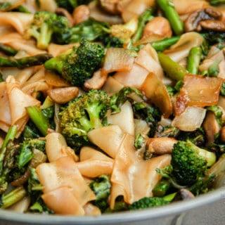 Thai Flat Rice Noodles w/ Broccoli, Asparagus, & Mushrooms (vegan, gluten-free)