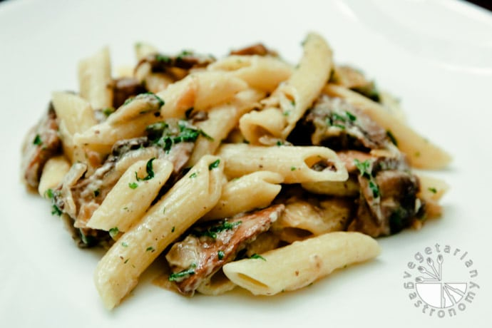 penne carmalized onions mushrooms-3