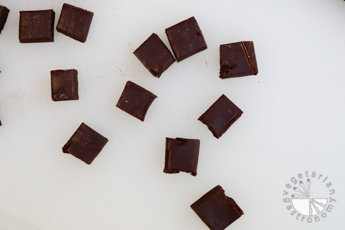vegan chocolate fudge-4
