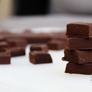 Vegan Chocolate Fudge! (vegan, gluten-free)