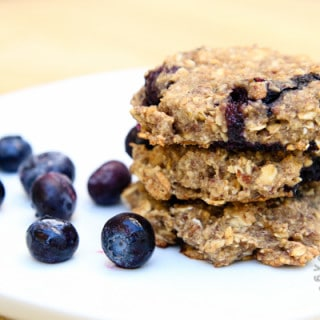 blueberry banana breakfast cookies SI-2