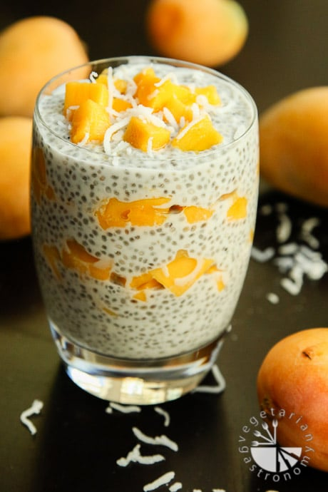 mango coconut chia seed pudding-5