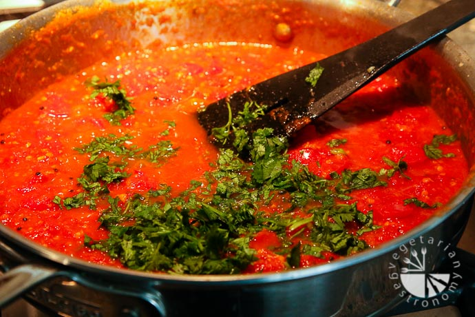 tomato sev curry-5
