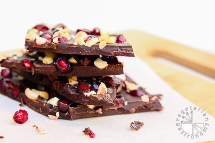 pomegranate peanut dark chocolate bark-11