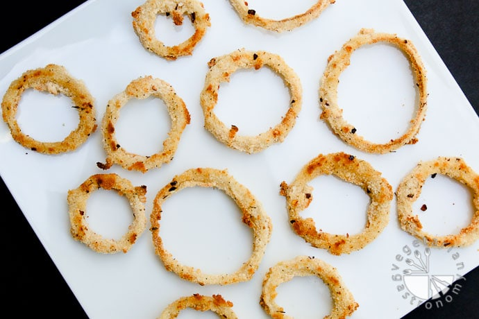 baked seasoned onion rings-7