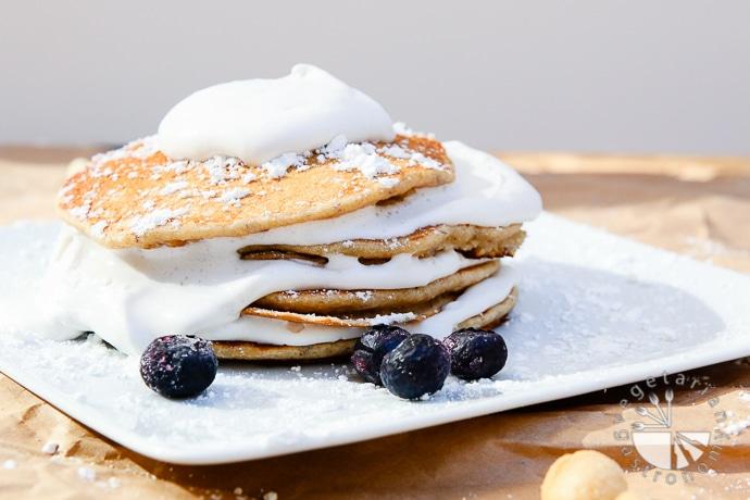 banana macadamia nut coconut whip pancakes-1