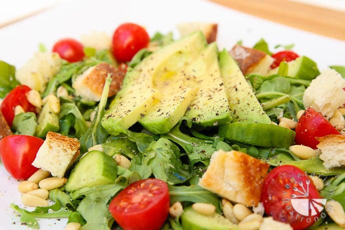 arugula-tomato-pine-nut-salad