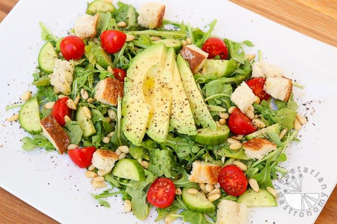 arugula tomato pine nut salad-9