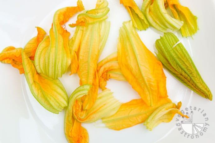 squash blossom quesadillas-4