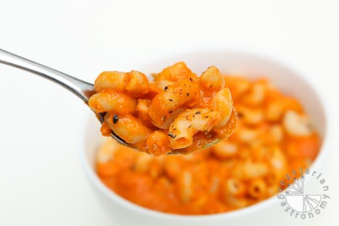 creamy carrot tomato pasta-7