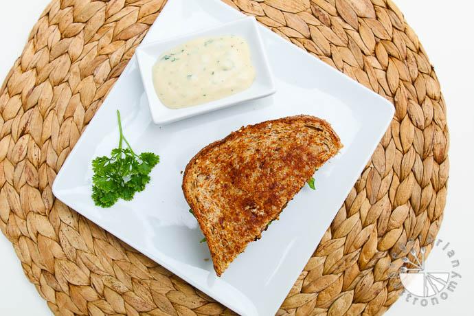 crispy tempeh arugula sandwich-8
