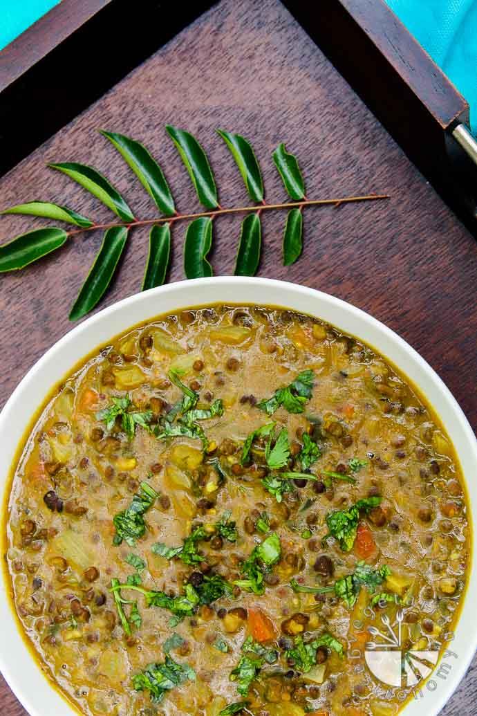curried black lentil soup-4