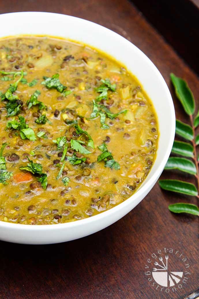 curried black lentil soup-6