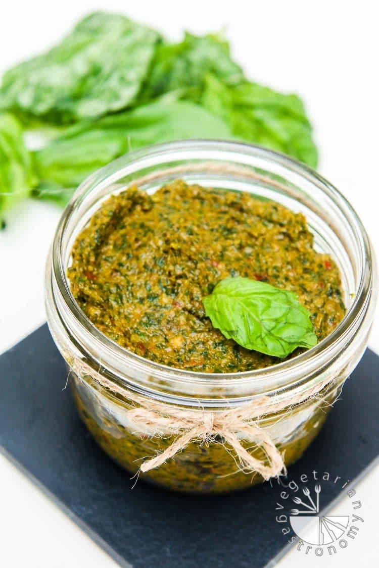Sun Dried Tomato Pesto Recipe — Dishmaps