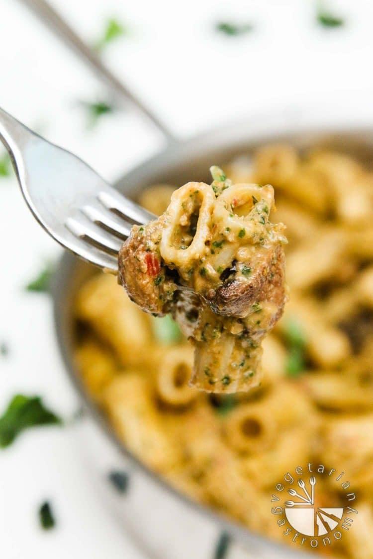 ... Sun-Dried Tomato, Miso, and Basil Pesto Pasta with Roasted Mushrooms
