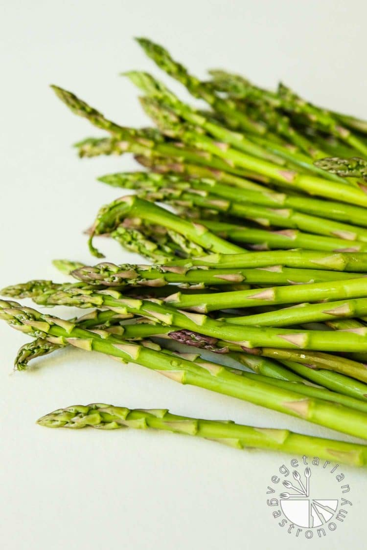 Creamy Roasted Asparagus Soup3