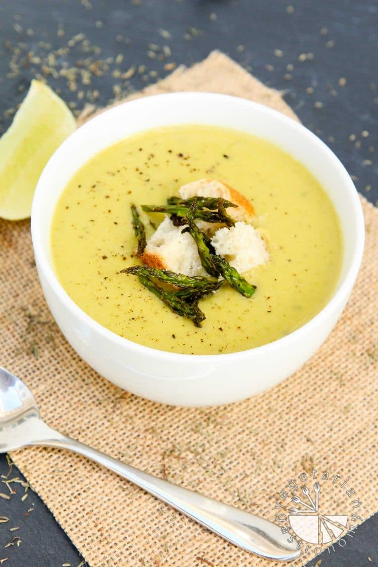 Creamy Roasted Asparagus Soup - Vegetarian Gastronomy
