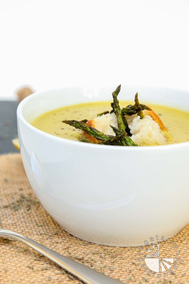 creamy roasted asparagus soup-7