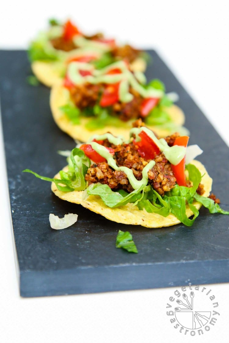 mini walnut sun-dried tomato crumble tostadas-1