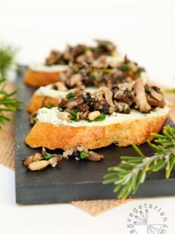Mushroom Crostini Garlic Basil Cheese Spread-2