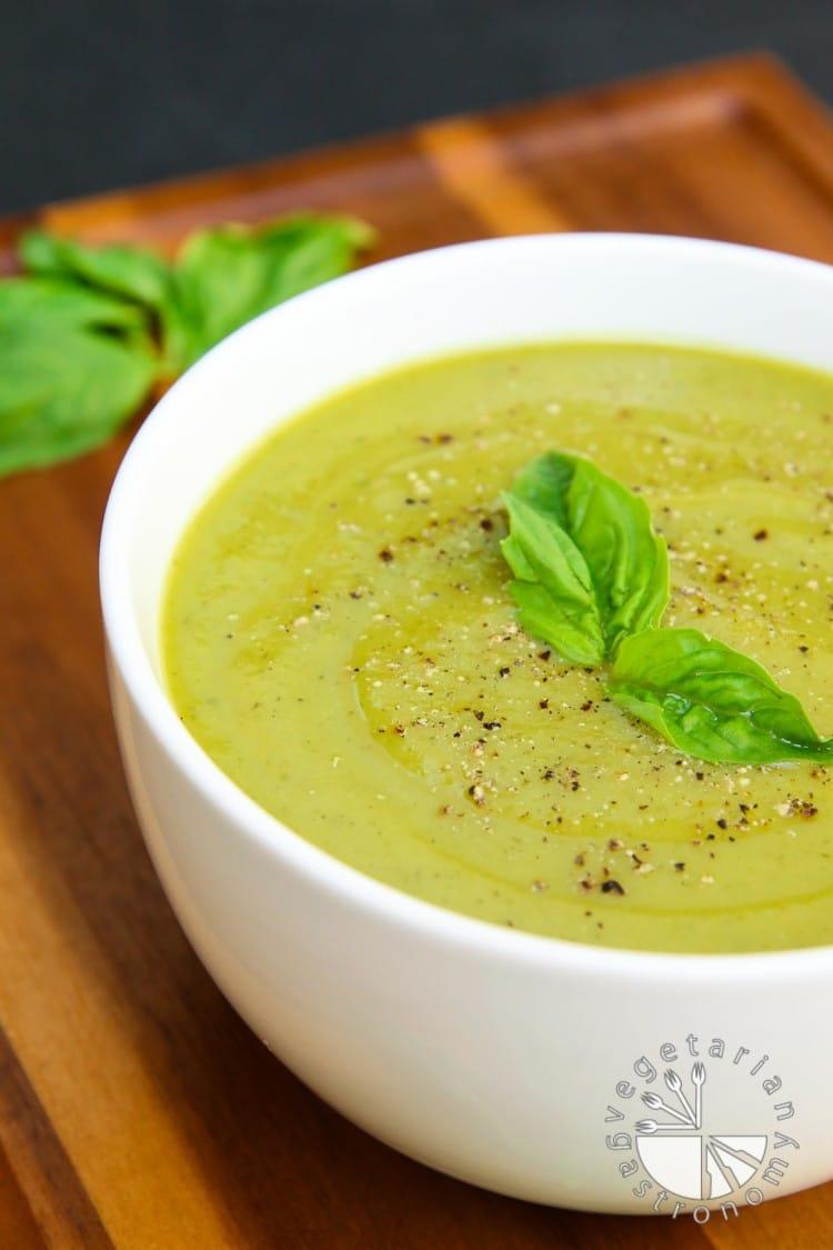 Velvety Zucchini Basil Soup-4