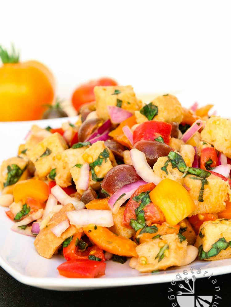 tuscan panzanella with white beans-5