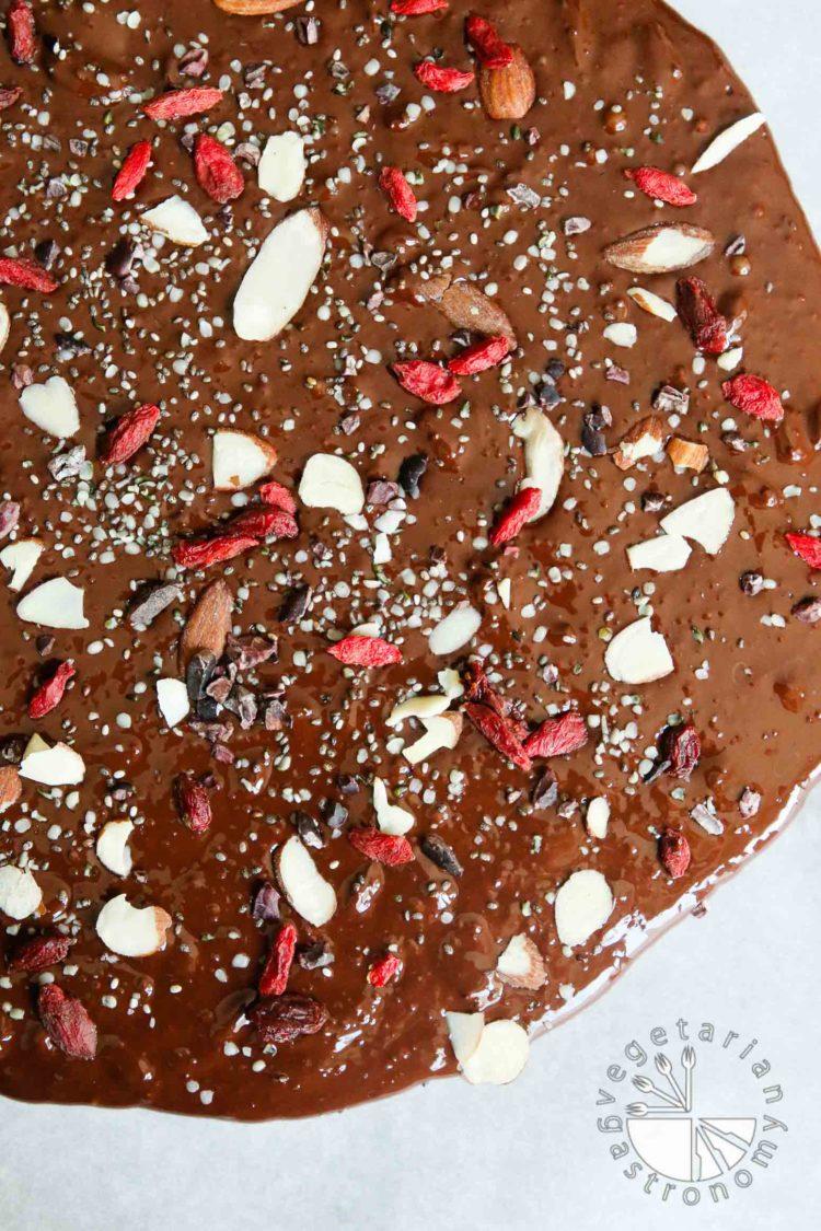 Chewy, Seedy Healthy Dark Chocolate Bark - Vegetarian Gastronomy