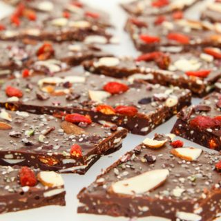 Chewy, Seedy Healthy Chocolate Bark #vegan #chocolate | vegetariangastronomy.com