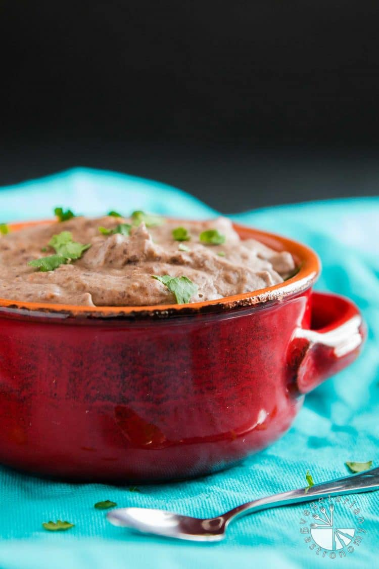 10-Minute Mexican Black Beans Recipe #vegan #glutenfree | vegetariangastronomy.com