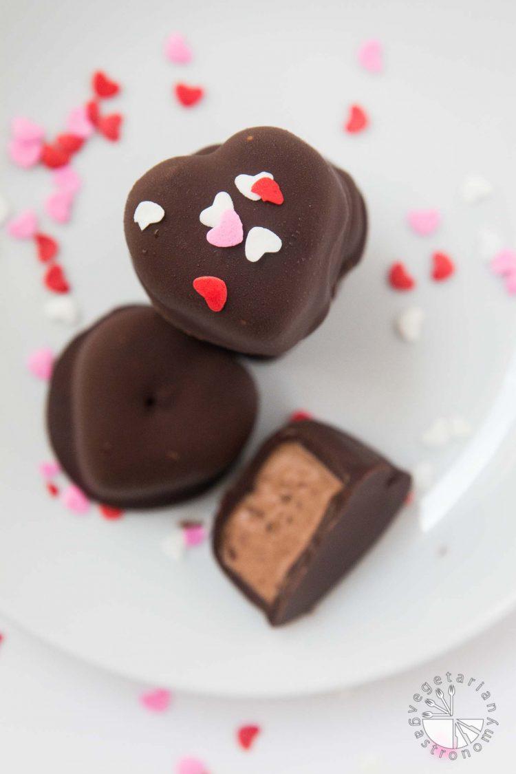Chocolate Covered Banana-Chocolate Ice Cream Bites #vegan #glutenfree #heart #healthy   www.Vegetariangastronomy.com