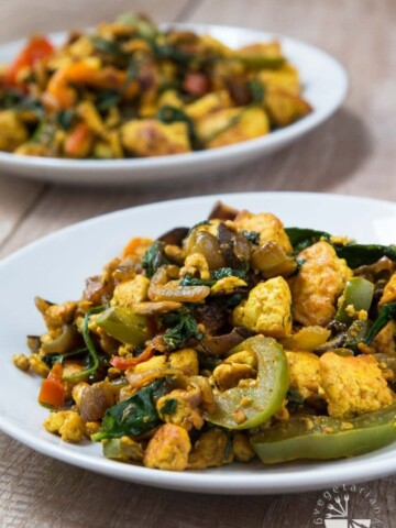 Vegan Curried Tofu Scramble Recipe #vegan #glutenfree | www.VegetarianGastronomy.com