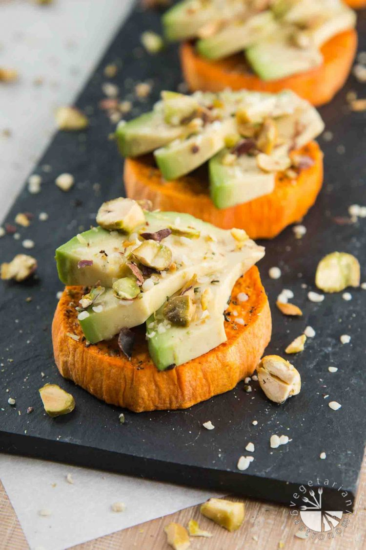 Sweet Potato Avocado Toast with Pistachios & Hemp Seeds #vegan #glutenfree #healthy | www.VegetarianGastronomy.com